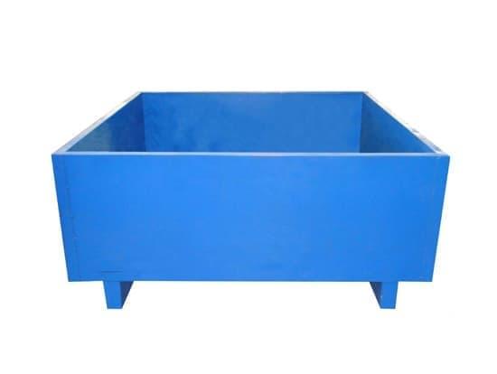 钢制工具箱