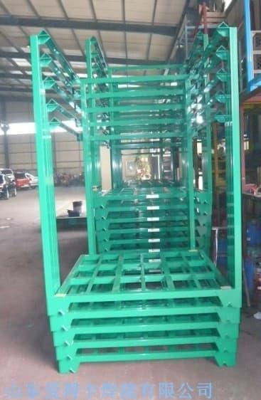 钢铁堆垛架